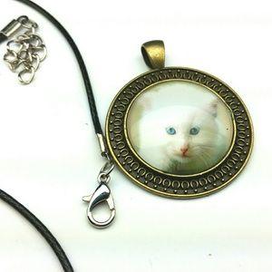 White kitten cabochon glass pendant